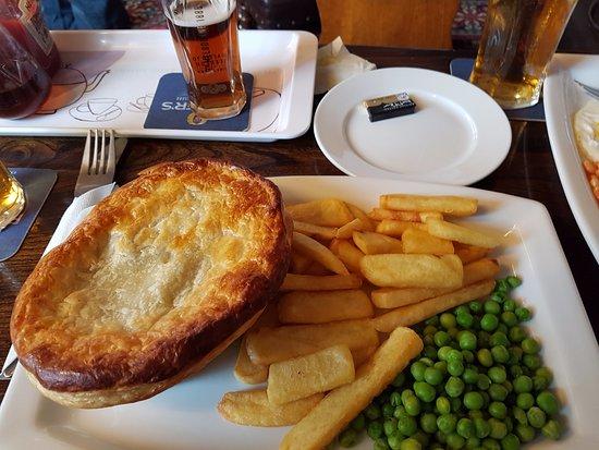 Borgue, UK: Home-made steak pie :)))