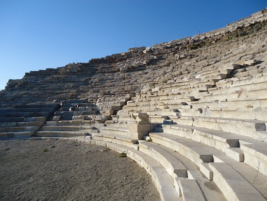 Knidos: Main arena being restored