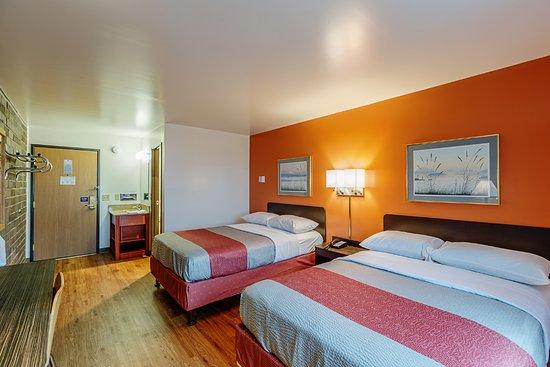 Wausau, WI : Guest Room