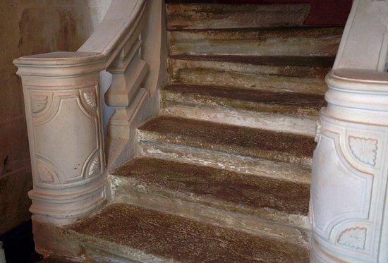 Domaine Le Martinet : l'escalier monumental