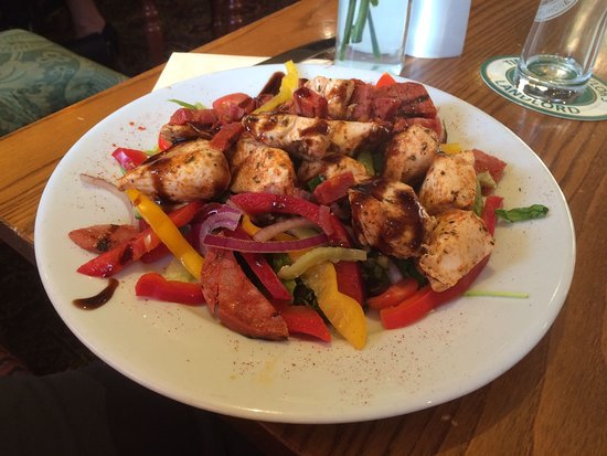 Oxenhope, UK: Chicken and Chorizo salad, yummy..!!!