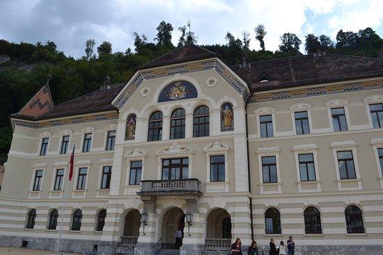 Liechtenstein Center: photo6.jpg