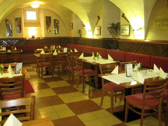 Melsungen, Германия: Ruhiges Ambiente in Innenraum
