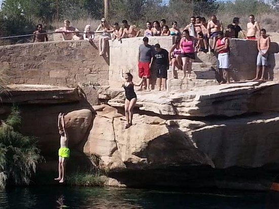Blue Hole: jumping off the cliff