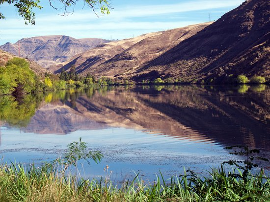 Hells Canyon National Recreation Area: River View