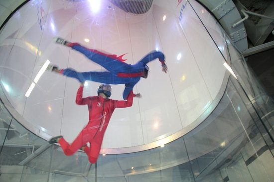 iFLY: High in the tunnel