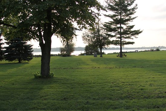 Perfect location for any event with stunning back drop of Lake Delavan