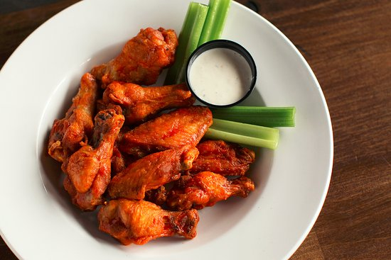 Le Mars, Αϊόβα: We have a variety of wings for you - boneless and bone in - 10 flavors