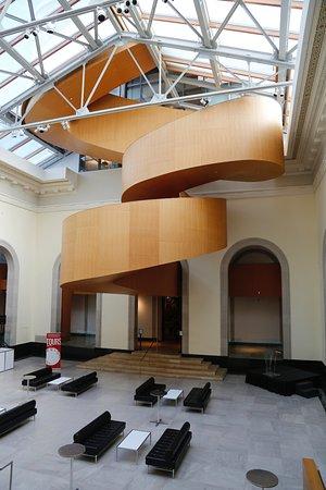 Escalier Intérieur Du Musée - Picture Of The Ago, Art Gallery Of