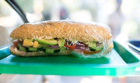 Cafe de Paris Restaurant & Bakery : Fresh sandwiches to go!