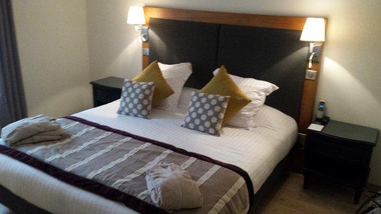 le castel de maintenon hotel - photo de le castel maintenon hotel