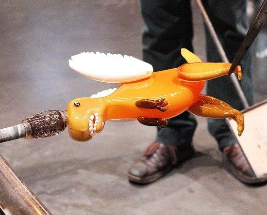 คอร์นนิง, นิวยอร์ก: You Design It, We Make It! Made by glass artist Lauren Hunt at the Hot Glass Show.