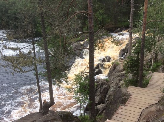Ladoga Lake, รัสเซีย: Рускеальские водопады