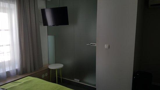 Hotel Emonec: L'accesso al bagno