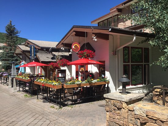 Big Bear Bistro: Outside View
