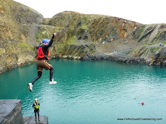 Haverfordwest, UK: 8m jump into the blue lagoon