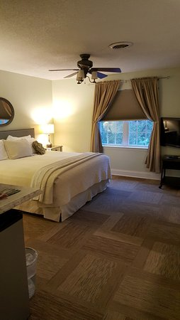 The Acorn Inn of Elon: Bedroom #2 of our suite