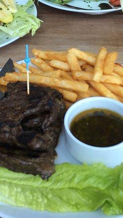 Sunny Isles Beach, FL: Skirt Steak with fries
