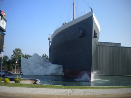 Titanic Museum: Here's the outside of the museum, I believe they said it is 100 times smaller than real Titanic.