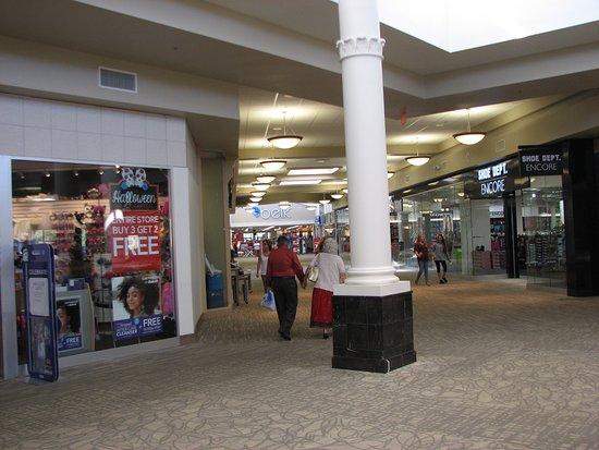 Lake City, FL: Inside
