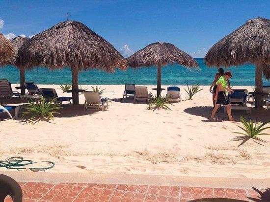 Villas DeRosa Beach Resort Photo