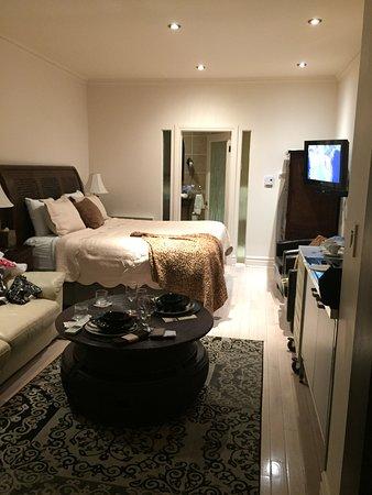 Hotel Kutuma: Comfy bed