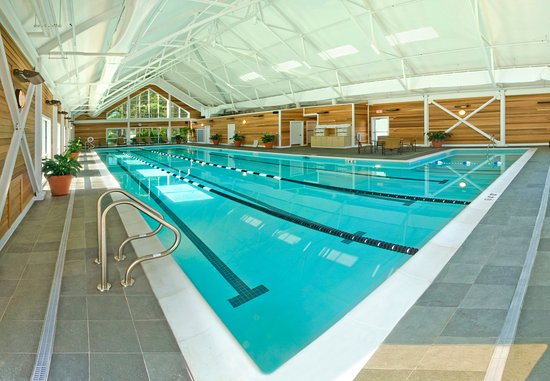 The Essex, Vermont's Culinary Resort & Spa: Indoor Pool
