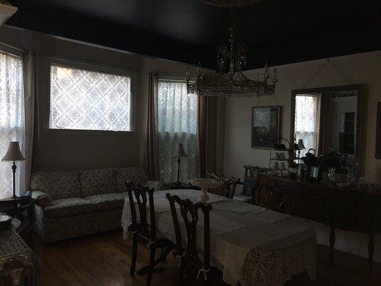 Julietta House: photo4.jpg