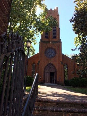 Staunton, VA: Neighborhood Church