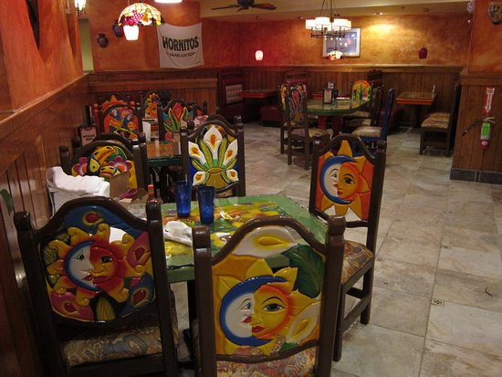 El Rodeo Mexican Restaurant: Authentic Mexican Furniture