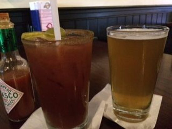 Rockford, MI: Bloody & beer