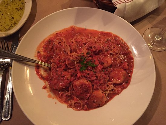 The Roadhouse Cafe : Seafood Fra Diavolo.