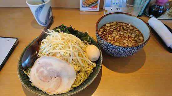 Maebashi, Japão: 具たくさんの和つけ麺