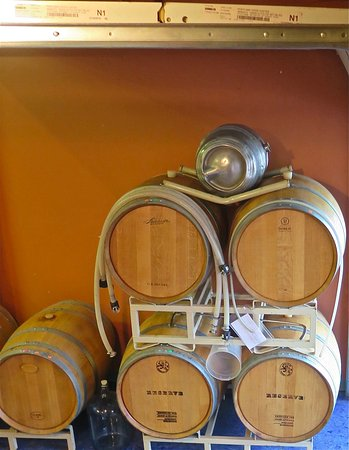 Salem, Oregón: Wine Barrels