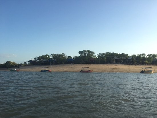 Crab Claw Island Australia  city images : Crab Claw Island, Australia: View of the Crab Claw hire boats on the ...