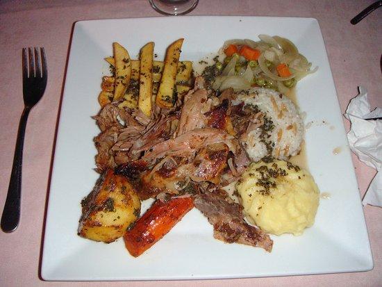 Titanic Restaurant Steakhouse: Slow cooked lamb