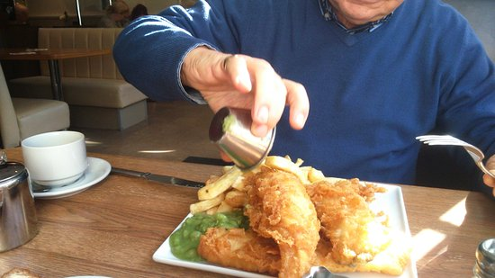 Mr Chips Fish Platter
