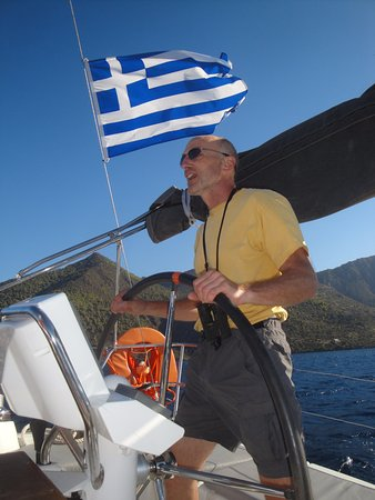 "YachtSailing.gr / Charter Sailing Greece: Crusing Saronic Gulf, Oct. 2016, ""Genie"" Beneteau 37"