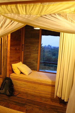 Kyambura Gorge Lodge Picture