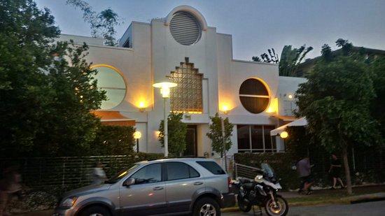 Sanctuary South Beach: evening