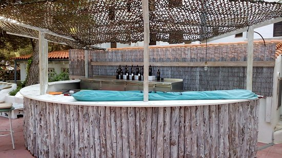 Apartamentos Es Pujols : Bar Piscina