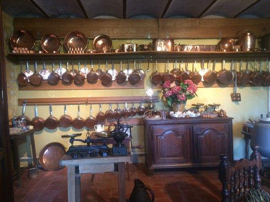 Cere La Ronde, Francia: cuisine
