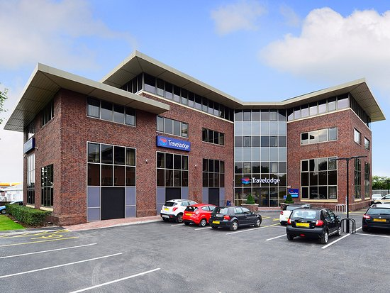Travelodge Manchester Sale Hotel
