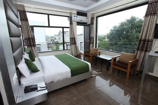 Hotel Trihari Rishikesh Reviews Photos Rate Comparison Tripadvisor