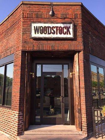 Lakewood, OH: Entrance