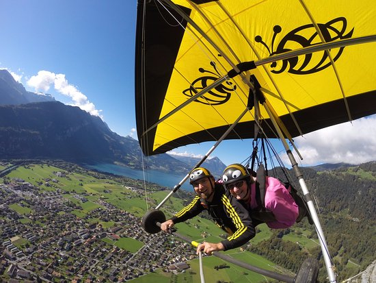 Matten bei Interlaken, İsviçre: Claire high above Interlaken with Toby