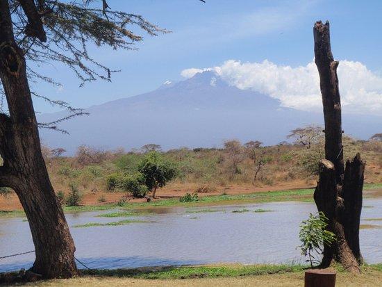 فوايادجر زيواني تنتد كامب: Frühstück mit Blick auf den Kilimandscharo