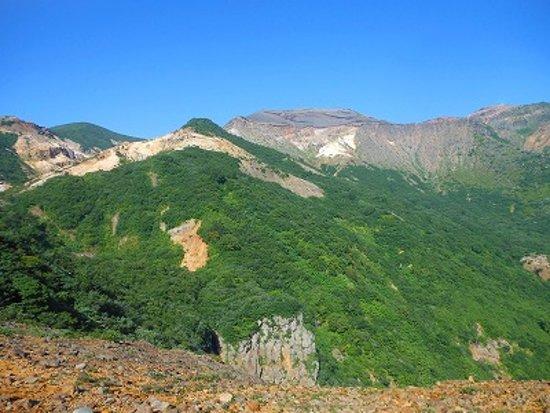 Sangai Fall/Fudo Fall: コマクサ平展望台から