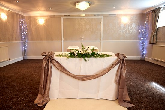 The Old Golf House Hotel Huddersfield: The Old Golf House Wedding