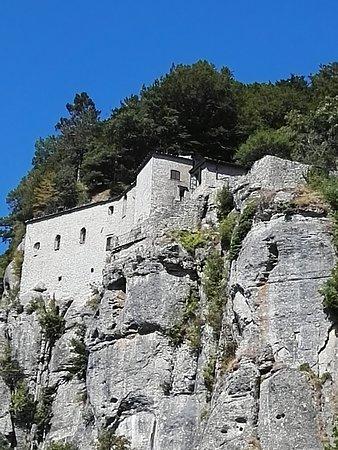 Chiusi della Verna, Italia: a due passi dal ristorante il Santuario